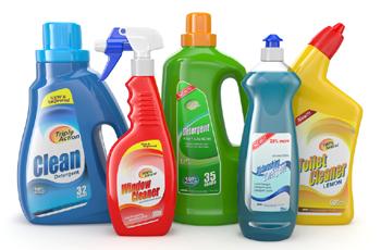 Pensez à mettre des produits ménagers à disposition de votre aide ménagère
